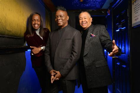 """5 Facts About """"September,"""" Earth Wind & Fire's Ode To Today"""