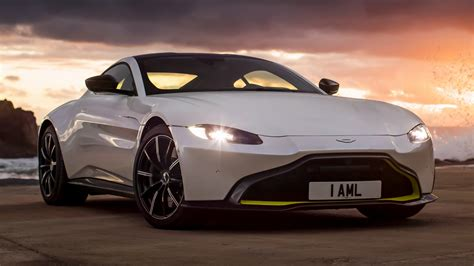 aston martin vantage wallpapers  hd images car