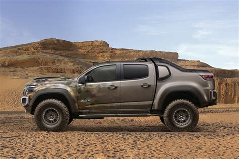 Chevy Colorado ZH2 Concept Makes Hydrogen Cars Cool ...