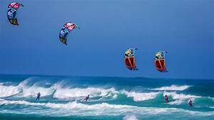 Kite Surfing Wallpaper