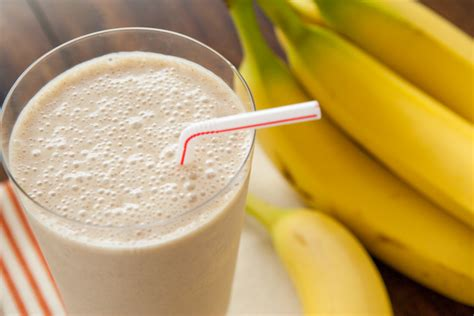 banana smoothie classic quot peanut butter quot banana smoothie laughter and lemonade