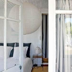 Rideau Noir Et Gris : chambre blanche avec rideau de porte rayures noir gris ~ Melissatoandfro.com Idées de Décoration