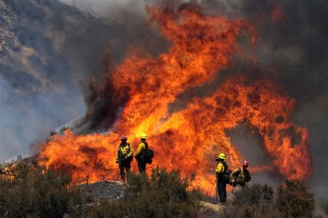 In oregon, almost 100,000 homes and businesses were without power as crews battled large fires in. Vehicle malfunction sparked Southern California wildfire ...