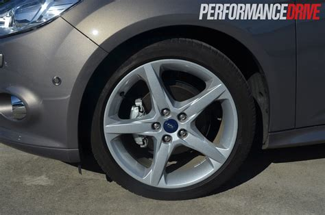 ford focus titanium tdci mkii review performancedrive