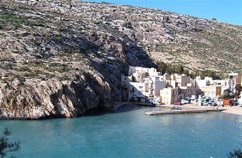 Boat House Xlendi Menu by Xlendi Holidays Holidays To Xlendi Malta Holidays