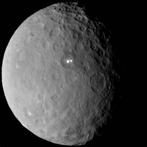 Ceres' 'alien' flashes may be WATER VOLCANOES | Daily Mail ...