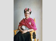 23 Beautiful Color Photos of Frida Kahlo From Between the