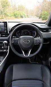 Toyota RAV4 Hybrid interior & comfort | DrivingElectric