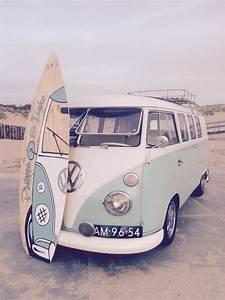Combi Vw Hippie : best 25 combi hippie ideas on pinterest van vw hippie bus vw and auto bus ~ Medecine-chirurgie-esthetiques.com Avis de Voitures