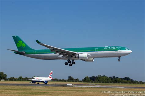 Airplane Art Aer Lingus Airbus A330 300 arriving at