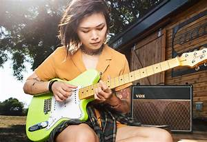 Seymour Duncan Yvette Young