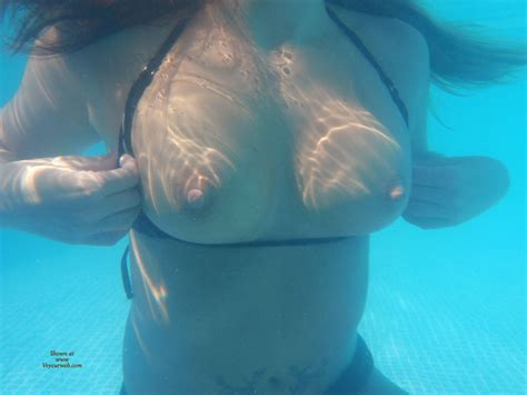 Underwater Tits July 2011 Voyeur Web Hall Of Fame