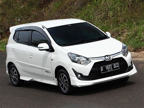 Review Toyota Agya by New Toyota Agya 2017 Naik Kelas Review Mobil123
