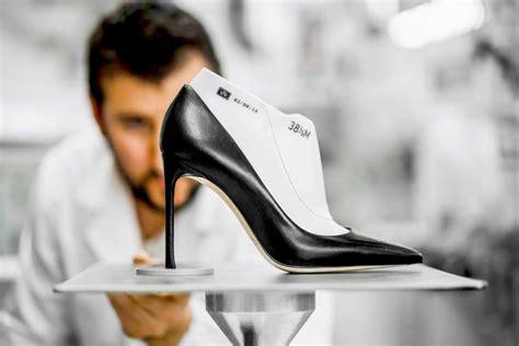 create   bespoke shoes  dubai dubai
