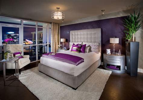 chambre couleur violet la chambre grise 40 idées pour la déco archzine fr