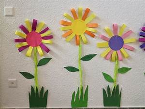 Blumen Basteln Fensterdeko : klassenkunst sommerliche blumen ~ Markanthonyermac.com Haus und Dekorationen