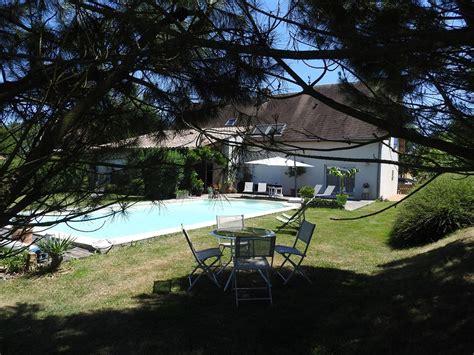 chambre d hotes bourgogne piscine chambre d 39 hôtes n 2489 à chapelle de bragny la saône