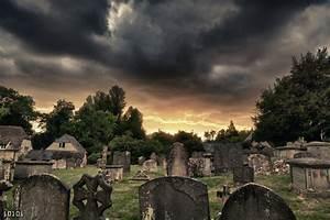 Purton church Graveyard..... pretty evil. by I0l0I on ...