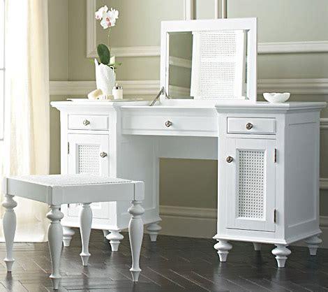 White Vanities For Bedrooms by White Bedroom Vanity Decor Ideasdecor Ideas