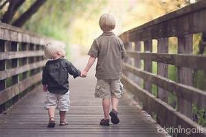 10 easy tips for sibling photos | poses | Sibling photos ...