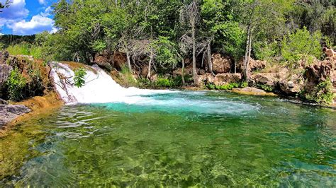 Arizona's Fossil Creek Is a Summer Oasis   Bear Essential News