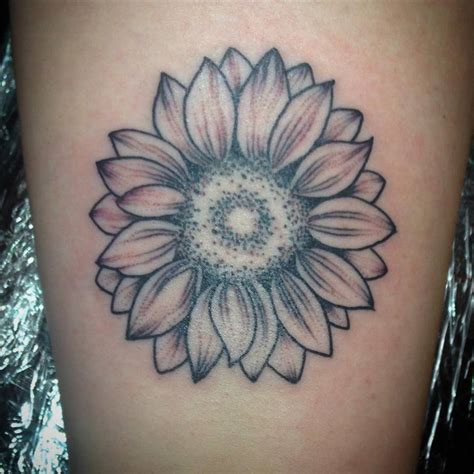 gorgeous sunflower tattoo ideas  brighten   day