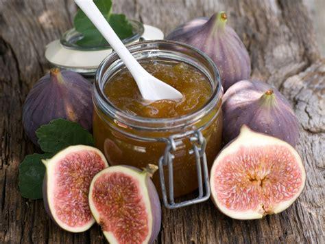 cuisiner des figues fraiches confiture de figues fraîches au sucre de canne recette