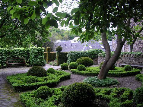 Secret Gardens In Edinburgh You Had No Idea Existed