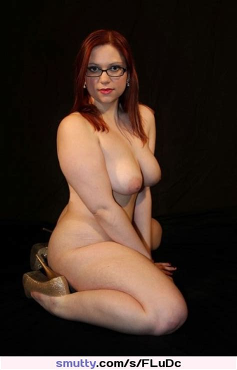 Sexy Hot Naked Glasses Curvy Bigtits Thick Gorgeous Babe