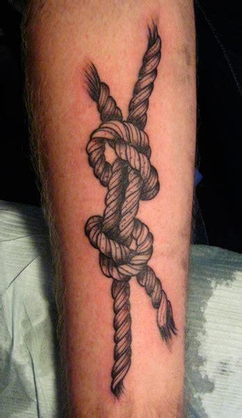 tatouage tattoo noeud marin tatouage noeud sur