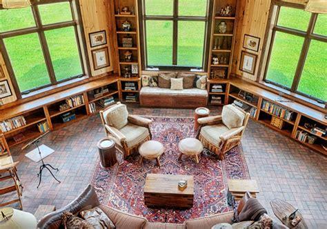 Home Interior 3 Horse Picture : Mountain Construction