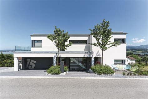 Moderne Häuser Ohne Flachdach by Bauhaus Stadtvilla Mit Garage Moderne Fertighaus Villa