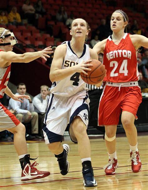 girls basketball preseason top  solon wadsworth lead