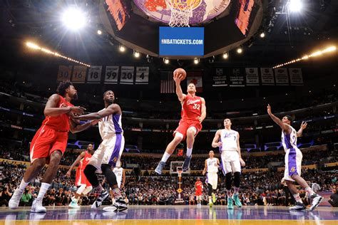clippers  lakers   stream time tv channel