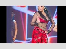 Ragini Dwivedi Wardrobe Malfunction Uncut At SIIMA Awards