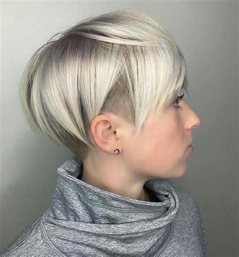 Klassisch und trotzdem modern: 10 Sidecut Frisuren für Frauen