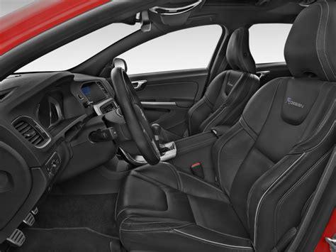 image  volvo   awd  design platinum front seats