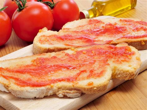 spanish style toast  tomato pan  tomate recipe  nutrition eat