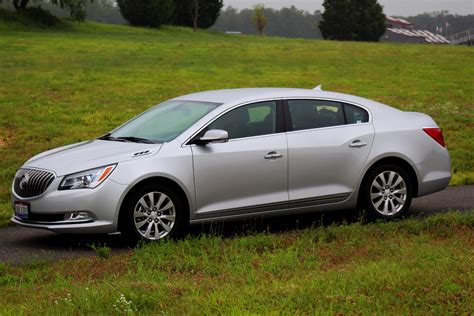review  buick lacrosse eassist  truth  cars