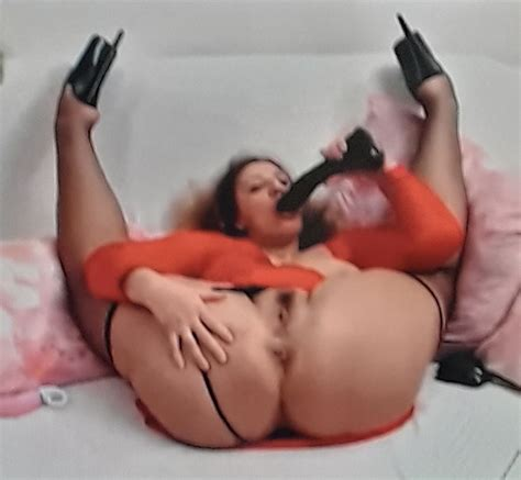 Flexible Redhead Milf Red Dress With Big Sexy Ass Shesfreaky