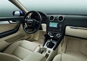 Audi A3 Phase 2 : audi a3 sportback facelift voor 2010 autofans ~ Medecine-chirurgie-esthetiques.com Avis de Voitures