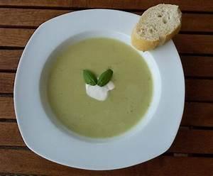 Schnelle Deutsche Gerichte : zucchini suppe mit schmelzk se einfach und schnell rdt rezept thermomix suppen ~ Orissabook.com Haus und Dekorationen