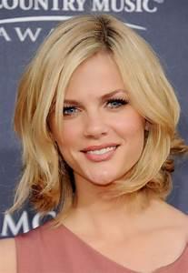 Coiffure Blonde Mi Long : coiffure degrade mi long blond ~ Melissatoandfro.com Idées de Décoration
