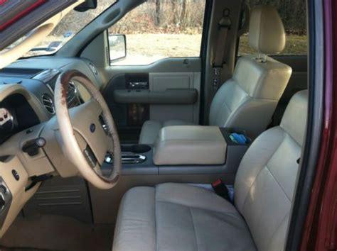 sell   ford   lariat crew cab pickup  door