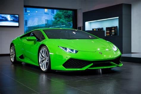 Green Car by Lamborghini Huracan Hd Wallpaper Background Image