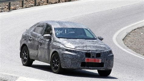 Renault Captur Coupe 2020 Motor Ausstattung by Renault Captur Coupe Spied Ahead Of August Moscow Debut