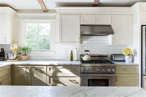 farmhouse 2 tone kitchen cabinets painting ideas two tone kitchen cabinet colors