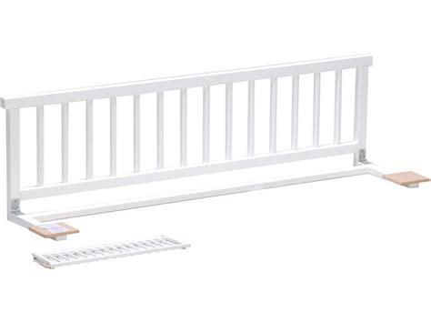 barriere de securite lit enfant barri 232 re de lit moby coloris blanc vente de accessoires de chambre enfant conforama