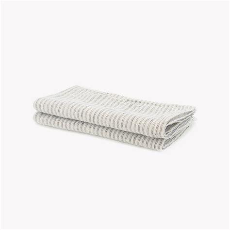 serviettes de table en rayures pyjama 45 x 45cm noir sur blanc nous