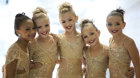 Lifetime Renews Dance Moms For Third Season Exclusive Hollywood Reporter